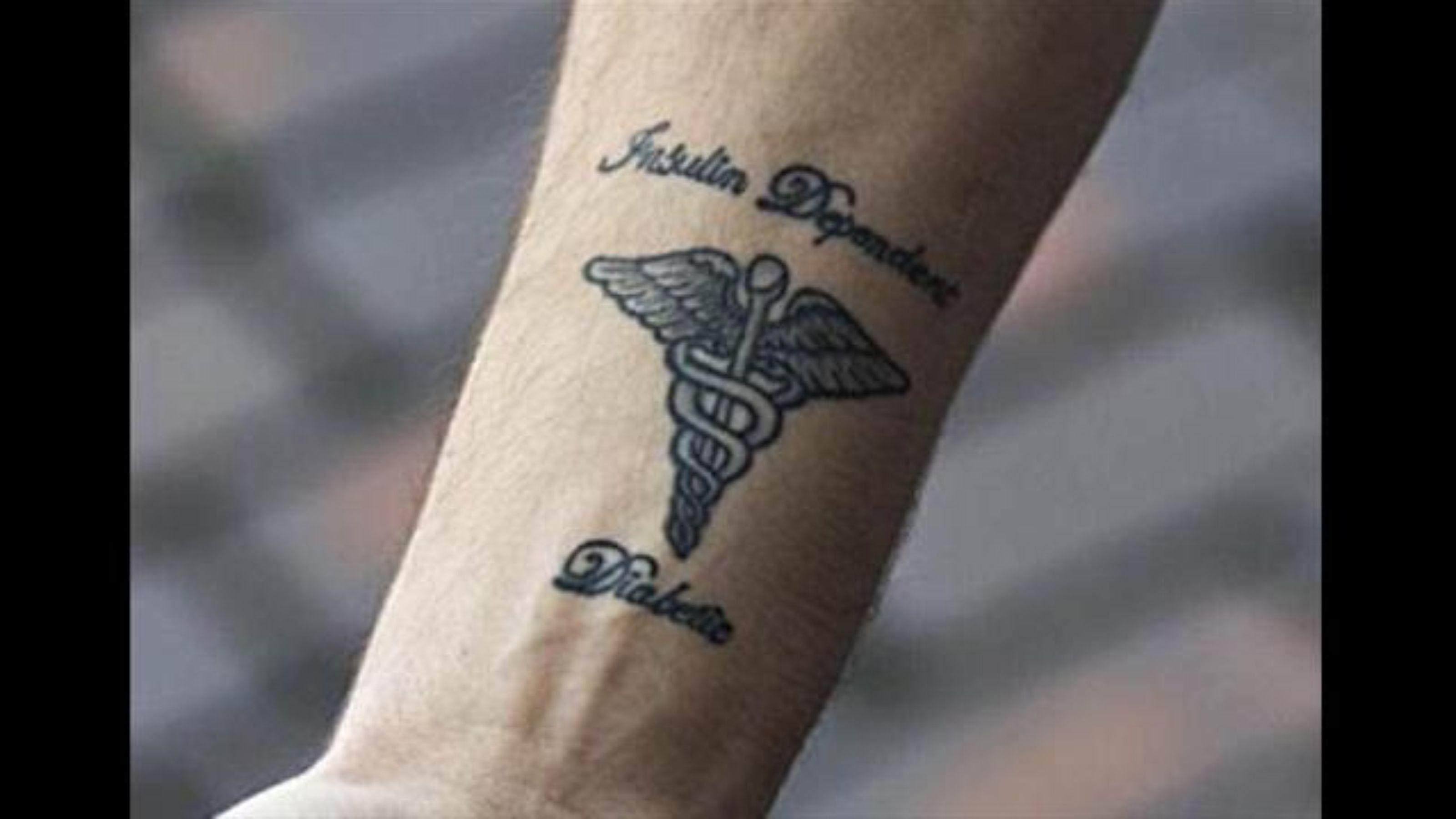 Татуировка на медицинскую тему