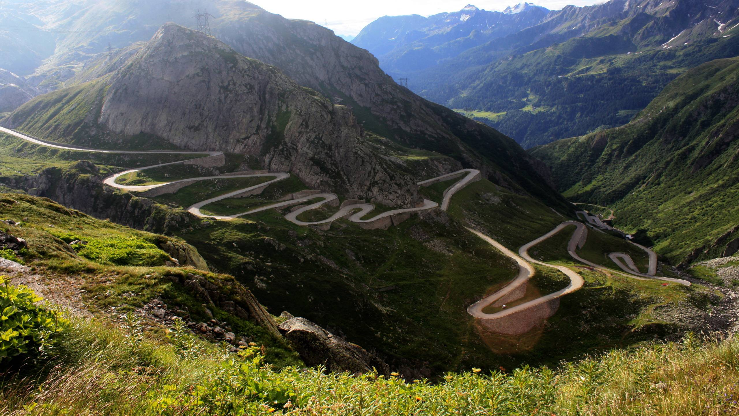 winding-roads-desktop-wallpaper